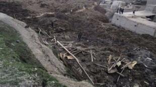 Le village d'Argo, dans la province du Badakhshan, a été largement dévasté par un glissement de terrain, le 2 mai 2014.