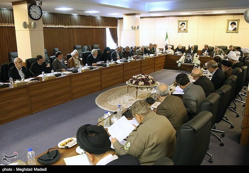 جلسه مجمع تشخیص مصلحت نظام به ریاست صادق آملی لاریجانی. شنبه ١۵ دی/ ۵ ژانویه ٢٠۱٩