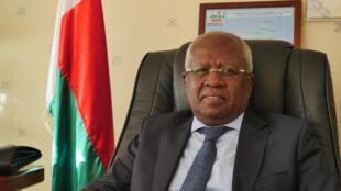 Le ministre des transports malgaches, Benjamina Ramanantsoa Ramarcel.