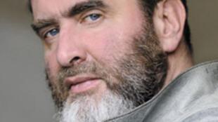 Portrait de l'écrivain Serge Joncour