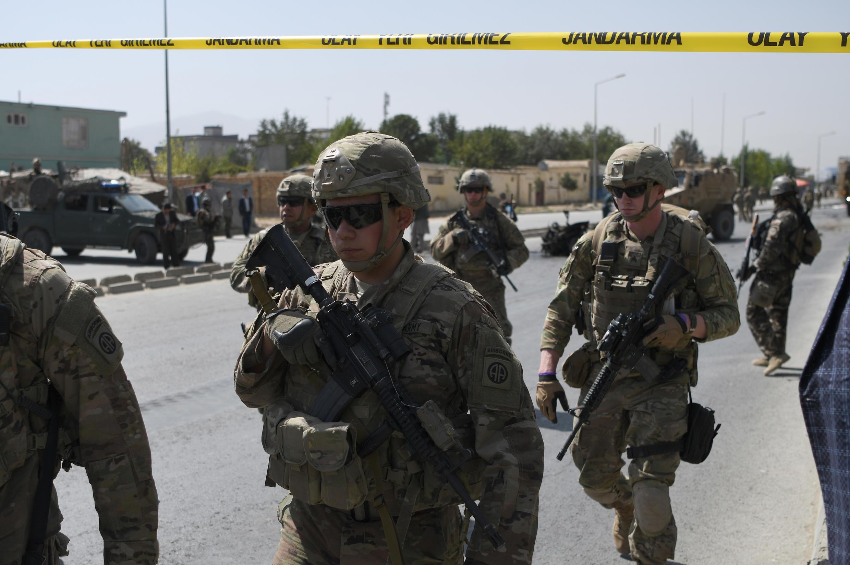 В Афганистане в результате теракта погибли трое чешских военных из миссии НАТО