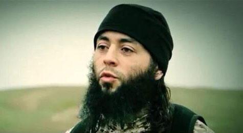 Captura de vídeo de homem identificado por especialistas como Sabri Essid.