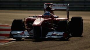 Fernando Alonzo, lors des qualifications du Grand Prix de Formule 1 en Inde, le 29 octobre 2011.