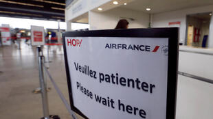 Sexto dia de paralisação para os funcionários da Air France, que solicitam um amumento de salário de 6%.