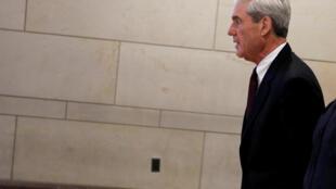 رابرت مولر دادستان ویژه تحقیق دربارۀ احتمال تبانی میان مسکو و گروه انتخاباتی ترامپ در انتخابات ریاست جمهوری آمریکا