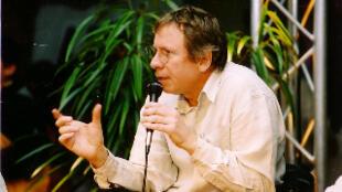 Bernard Magnier est le grand spécialiste français des littératures du Maghreb et de l'Afrique