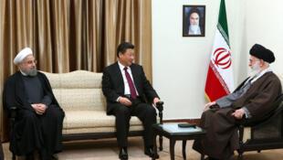 رئیس جمهوری چین در ملاقات با علی خامنه ای و حسن روحانی در ایران.