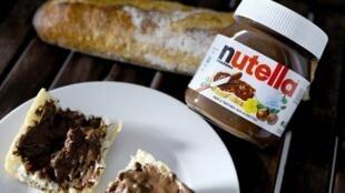 Plusieurs pays d'Europe centrale accusent Ferrero et d'autres marques de vendre des produits dégradés chez eux.