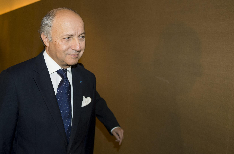 Глава МИДа Франции Лоран Фабиус в Женеве 09/11/2013 (архив)