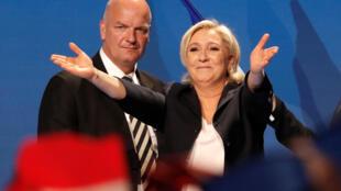 Nữ ứng cử viên tổng thống Pháp Marine Le Pen trong cuộc vận động tại Villepinte, ngày 01/05/2017.