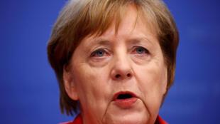 La canciller alemana, Angela Merkel, en rueda de prensa al término de la cumbre de Bruselas. Bélgica, 29 de junio de 2018.