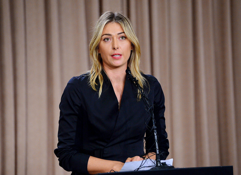 Maria Sharapova fala, durante coletiva em Los Angeles, sobre resultado positivo ao Meldonium, produto dopante.