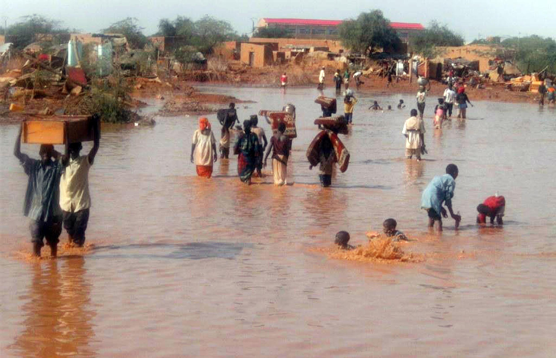 La ville d'Agadez dans le nord du Niger, photographiée lors de précédentes inondations. (Image d'archives)