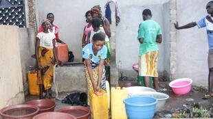 Sector da água em Luanda em greve e habitantes começam a sentir os efeitos