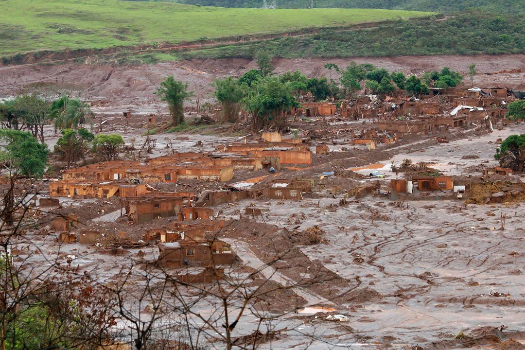 Bento Rodrigues, Município de Mariana, Minas Gerais, alguns dias após rompimento da barragem da Mineradora Samarco 19/11/15