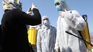 Luta contra coronavírus já começou em Cabul, mas ainda não chegou nas regiões do Afeganistão controladas pelos talibãs.