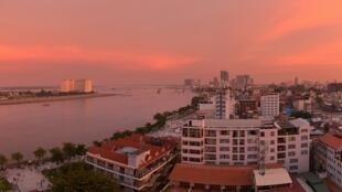 De nombreux descendants de la diaspora cambodgienne viennent découvrir le pays et parfois s'y installer. (Photo d'illustration - Phnom Penh)