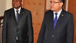 Le nouveau Premier ministre malgache Jean Ravelonarivo est l'invité Afrique de RFI ce dimanche 8 février 2015.