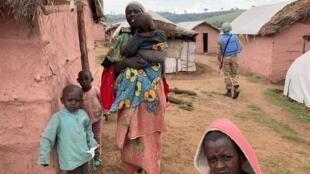 Karibu Banyamulenge 3,000 waliotoroka makazi yao bado ni wakimbizi karibu na kambi ya MONUSCO huko Mikenge.
