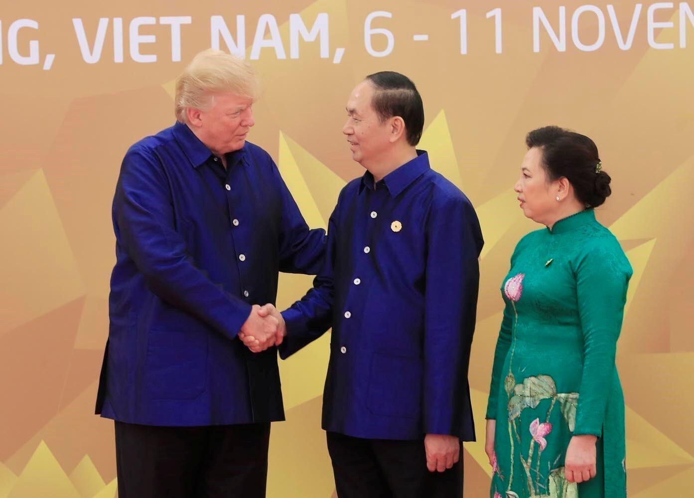 美國總統特朗普和越南國家主席陳大光夫婦 2017年11月10日峴港