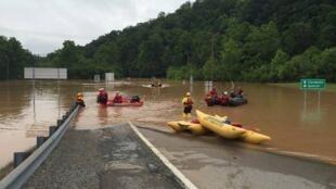 Ngập lụt tại vùng Virginia : theo cơ quan NOAA, từ nay đến năm 2100, mực nước biển có khả năng dâng cao thêm từ 2 đến 2,7 mét.