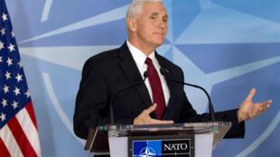 Phó tổng thống Mỹ Mike Pence tại trụ sở NATO- Bruxelles. Ảnh ngày 21/02/2017.