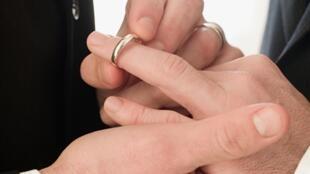 Le «mariage pour tous» a été adopté ce 7 novembre 2012, en Conseil des ministres.