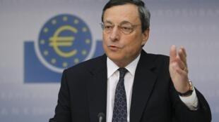 Le président de la Banque centrale européenne en conférence de presse à Francfort le 6 septembre 2012.
