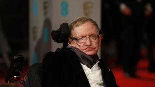 Stephen Hawking em Londres em fevereiro de 2015.