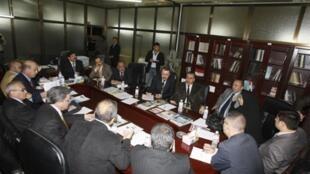 La commission parlementaire des lois doit se réunir jeudi 19 novembre à Bagdad pour débattre de la loi électorale.