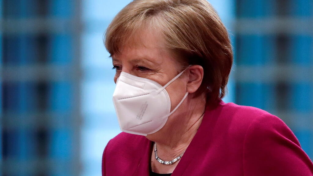 Allemagne: Angela Merkel a reçu une première dose de vaccin AstraZeneca