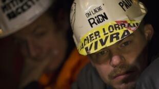 Ouvriers d'Arcelor-Mittal, le 29 novembre 2012.