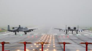 美军部署在韩国基地的A-10雷电攻击机