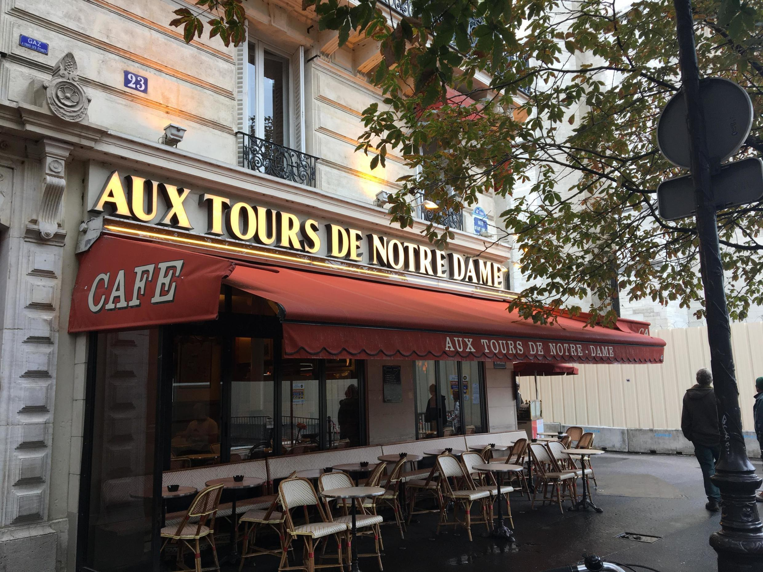 Cafés and souvenir shops around Notre Dame have lost between 40 and 90 percent of their turnover since the fire.