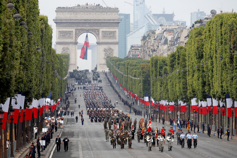 Đại diện quân đội 10 nước châu Âu là khách mời danh dự trong cuộc diễu binh mừng Quốc Khánh Pháp ngày 14/07/2019 tại Paris.