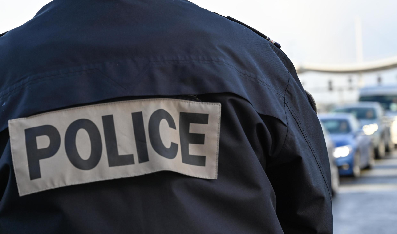 A jovem foi descoberta por um ciclista na beira da estrada. Imagem ilustrativa.