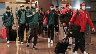 L'équipe du Bayern Munich à son arrivée, le 6 février 2021 à Doha au Qatar, pour y disputer le Mondial des clubs