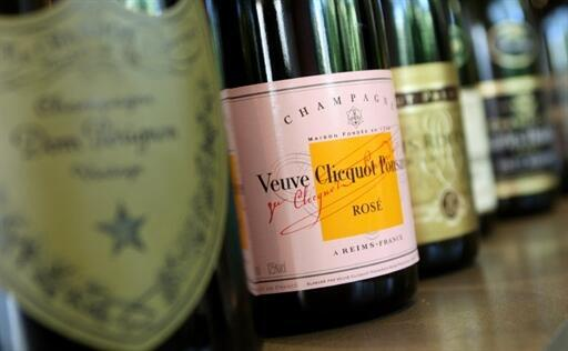 «Вдова Клико» – возможно, самое старое шампанское в мире, которое еще можно пить
