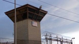 la devanture de la prison américaine de Guantanamo. Photo prise en octobre 2018.