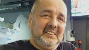 Wladimir Beltrán en los estudios de RFI.