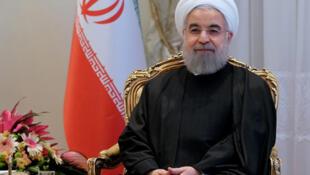حسن روحانی، رئیس جمهوری ایران  به عمان و کویت سفر میکند.