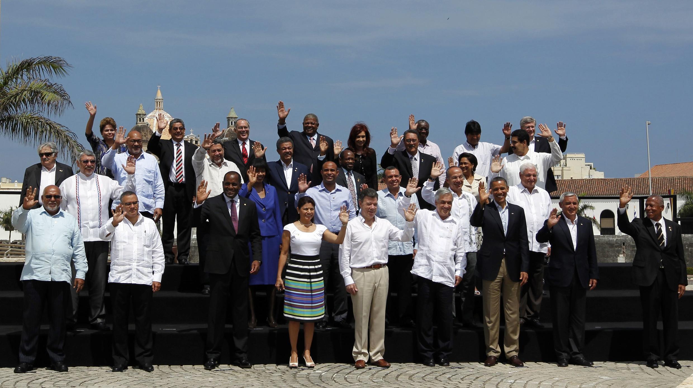 En la foto de familia de la Cumbre de las Américas en Cartagena, Colombia, faltan algunos miembros:  los presidentes Rafael Correa (Ecuador), Hugo Chávez (Venezuela) y Daniel Ortega (Nicaragua)