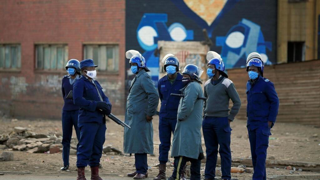 Zimbabwe: multiples arrestations après des rassemblements de l'opposition
