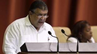 En Cuba, Marino Murillo sustituye a Adel Yzquierdo al frente de la cartera de Economía y Planificación.