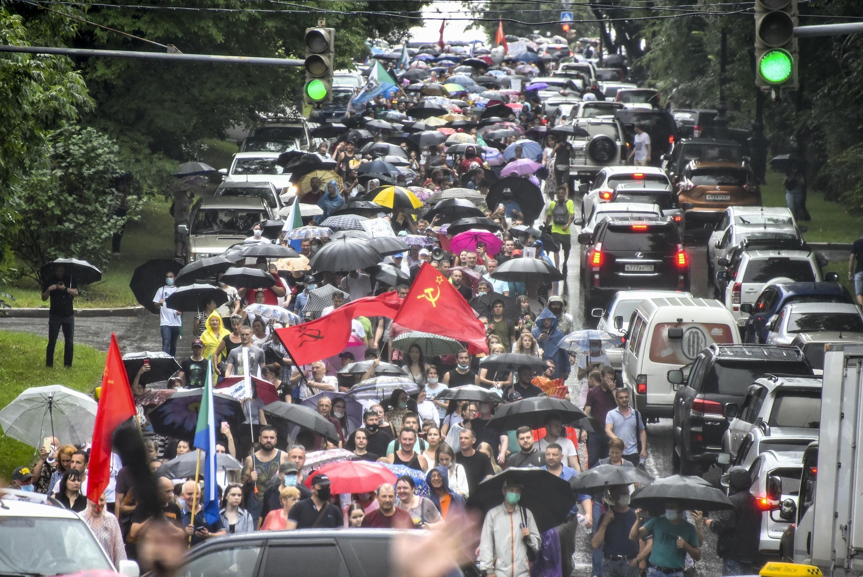 До 30 000 человек, по оценкам СМИ, приняли участие в митинге в Хабаровске 1 августа 2020