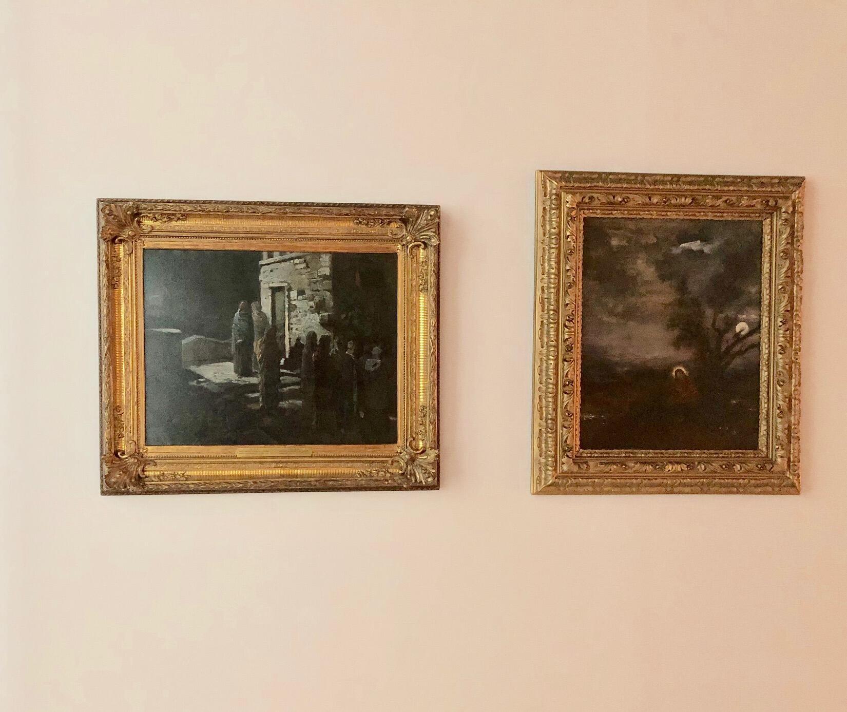 Картина Николая Ге «Христос с учениками входит в Гефсиманский сад» (1889) рядом с картиной Гюстава Моро на выставке «Луна» в Париже. 2019