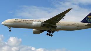 沙特阿拉伯航空一架波音747飞机资料图片