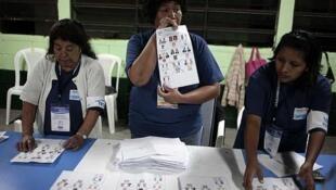 Colegio electoral en Guatemala en las pasadas elecciones de 2011