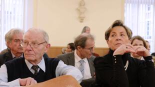 Lambert's parents, Pierre et Viviane, in court in Chalons-en-Champagne lin January last year