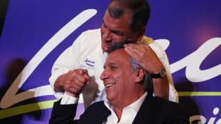 Otras épocas: el entonces presidente Rafael Correa y el candidato a sucederlo Lenín Moreno.